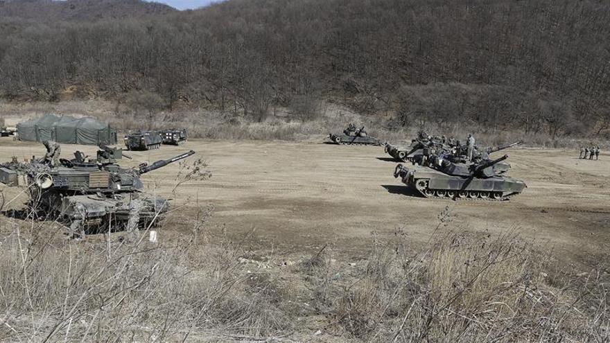 """Seúl y Washington concluyen sus maniobras """"Key resolve"""" en la península coreana"""