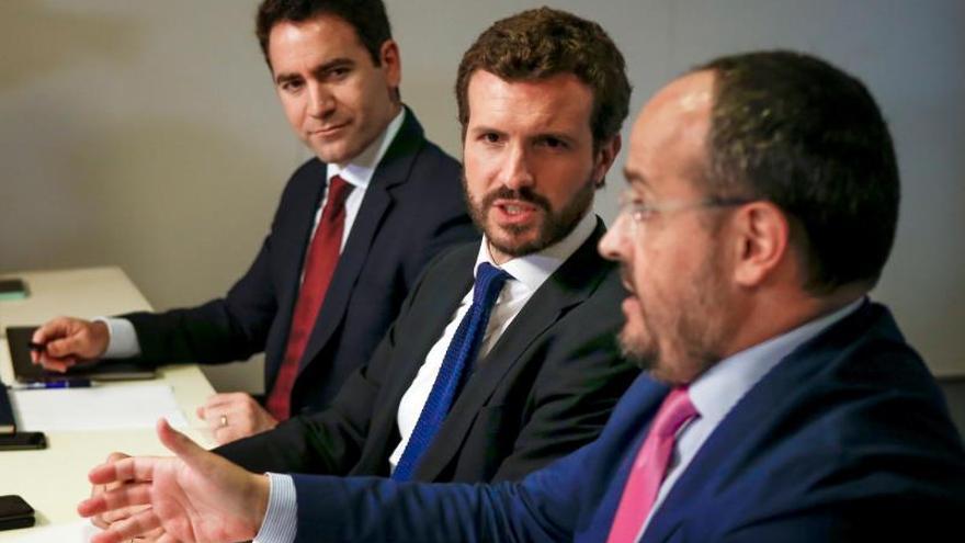 """El PP se reivindica como """"única alternativa"""" tras el fracaso de España Suma"""