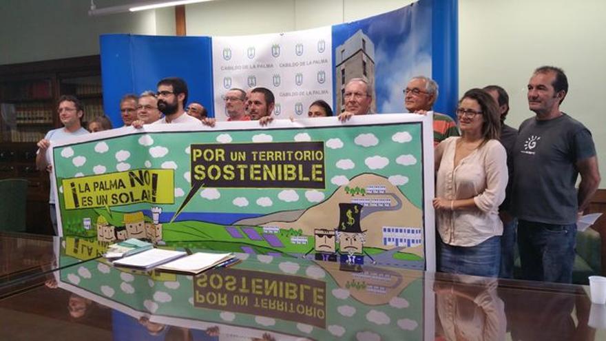 Imagen de archivo de una rueda de prensa de la plataforma. Foto: LUZ RODRÍGUEZ.