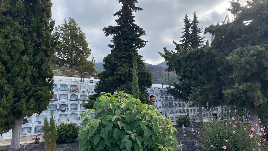 Tijarafe refuerza el Servicio de Cementerio con medidas de seguridad e higiene para la festividad de 'Todos los Santos'