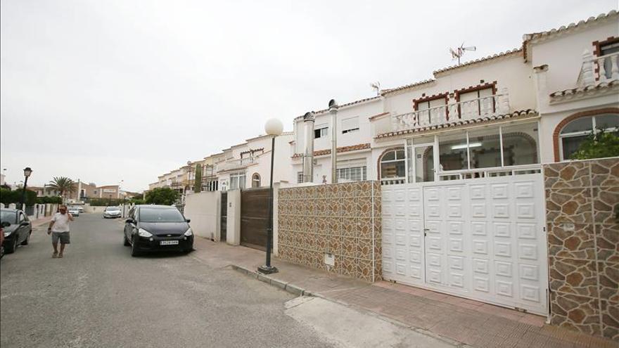 La madre del niño muerto en Torrevieja denunció a dos parejas anteriores
