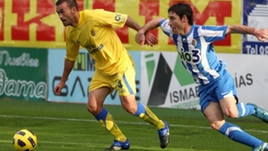 El defensa amarillo Samuel.