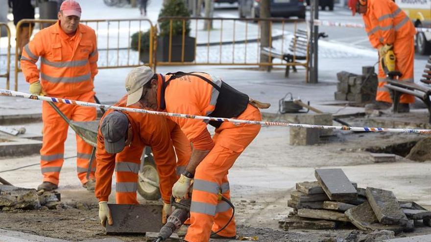 España es el país desarrollado que más empleo productivo ha destruido en la última década, según la OCDE