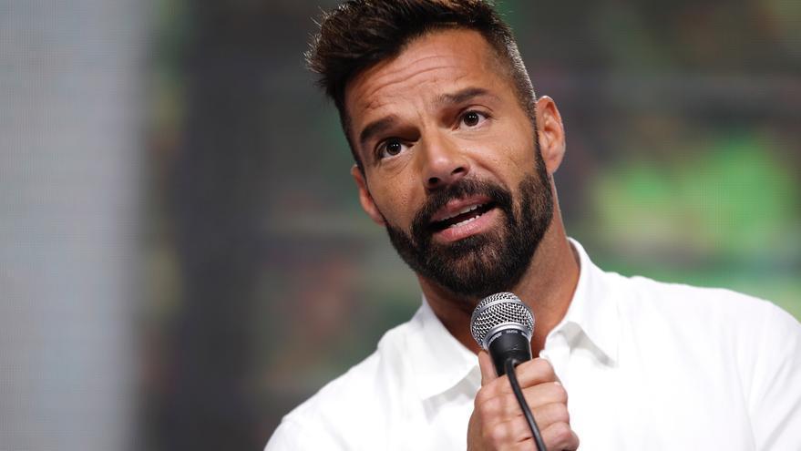 """Ricky Martin llama """"estado de terror"""" a los asesinatos machistas en P.Rico"""
