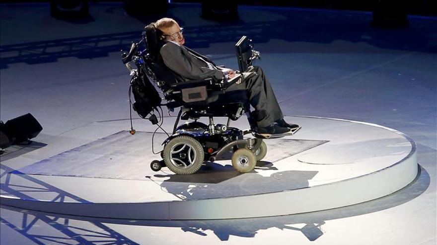 Stephen Hawking quiere viajar al espacio