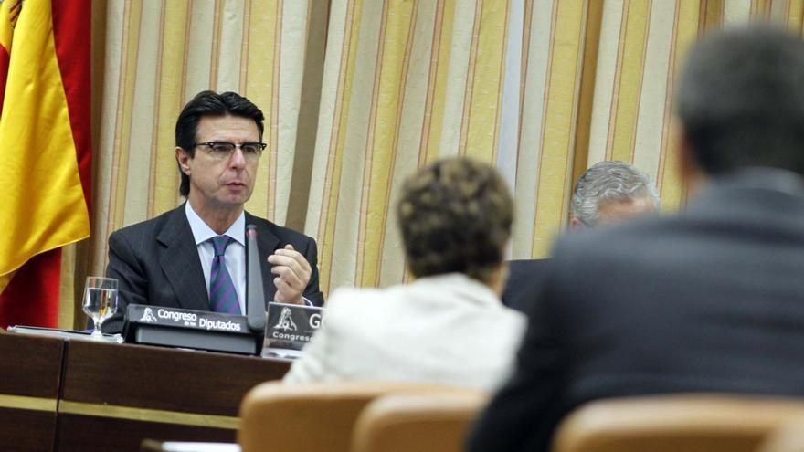 Industria mantendrá el apoyo a sectores estratégicos para mejorar la competitividad, según Soria