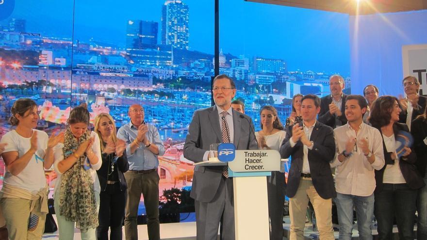 """Rajoy pide el voto de los catalanes destacando que """"los vínculos de solidaridad"""" han hecho posible la recuperación"""