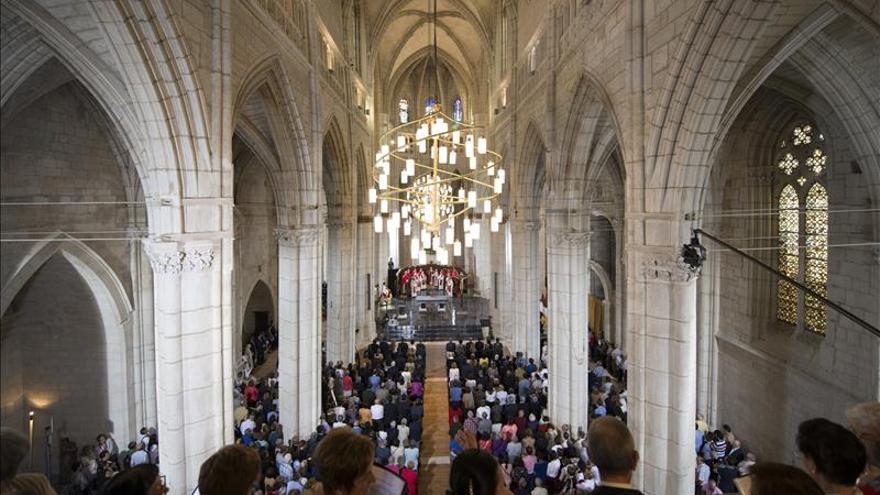 La Catedral de Vitoria investiga cómo aplicar nanomateriales para conservar el patrimonio