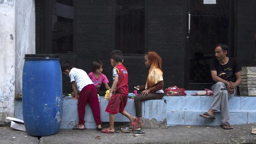 La larga espera en las calles de Yakarta de los solicitantes de asilo