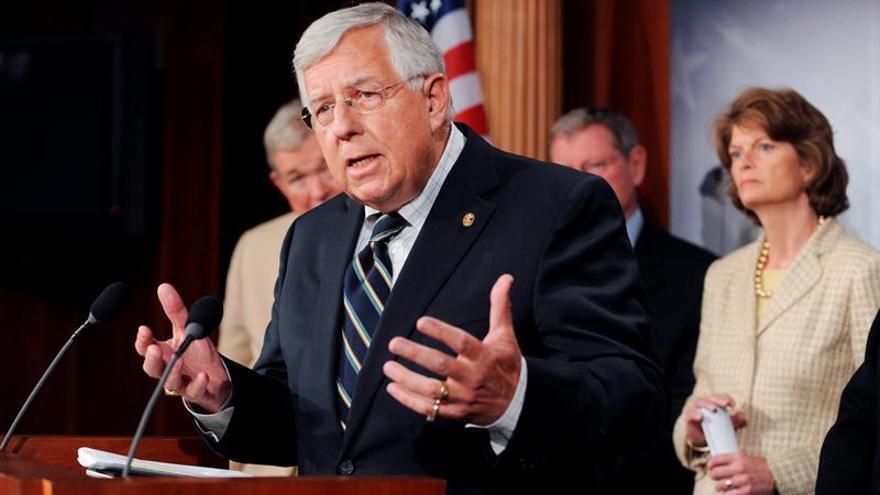 Los republicanos del Senado de EE.UU. presentan un presupuesto para blindar su reforma fiscal