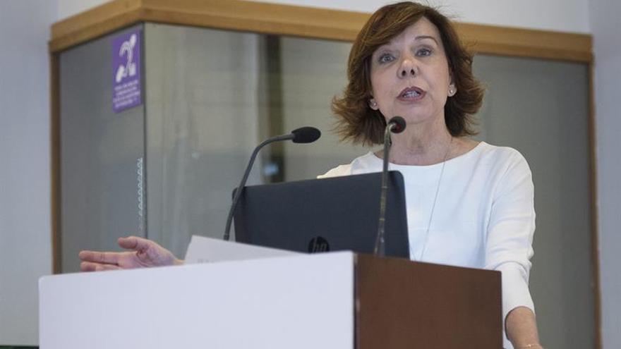 La CNMV, la institución que menos informa de las actividades y sueldos de sus cargos