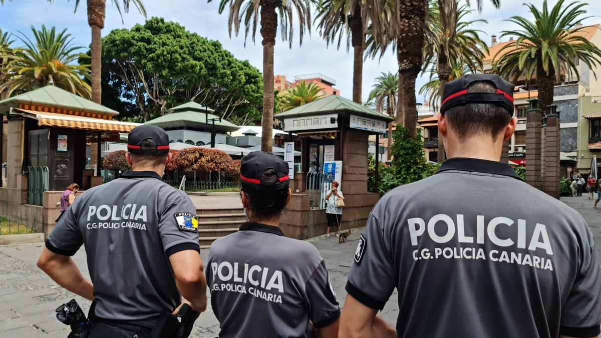 Agentes del Cuerpo General de la Policía Canaria.
