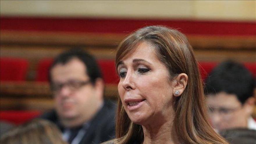 """S.Camacho lamenta que Mas haya pasado a ser el """"director de campaña"""" de ERC"""