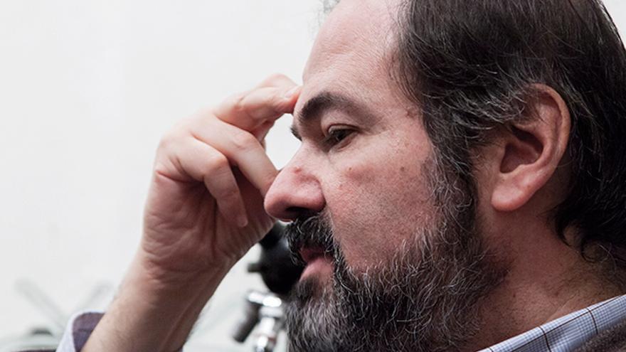 El escritor Juan Villoro durante la entrevista. Alejandro Icaza