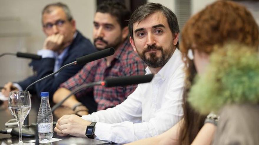 Ignacio Escolar en la presentación de la edición aragonesa de eldiario.es en Zaragoza, junio de 2015. Foto: Juan Manzanara