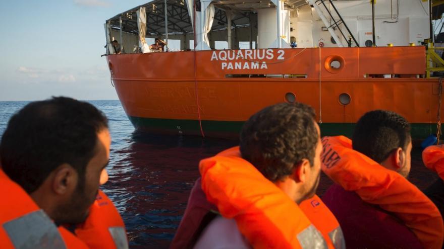 Algunos de los rescatados por el Aquarius.