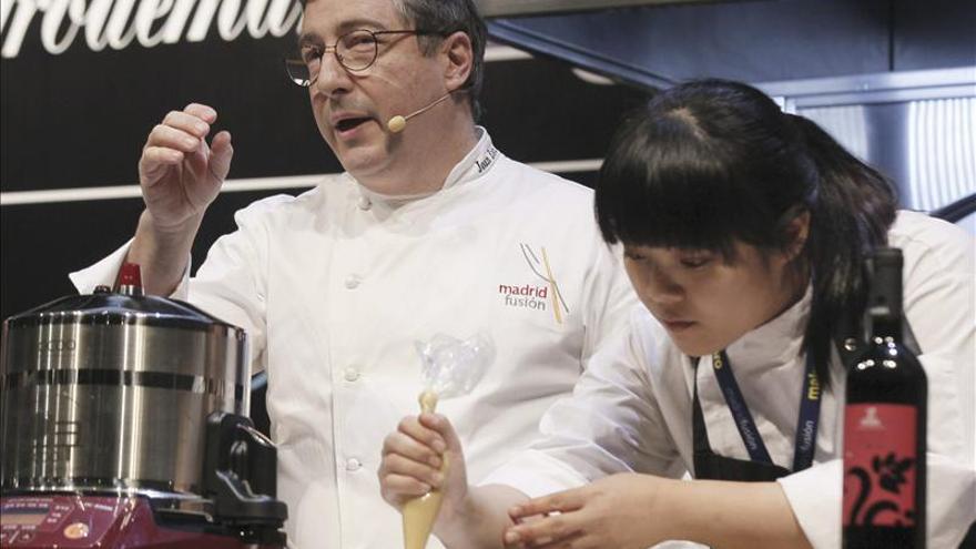 """Chefs de todo el mundo abren su libro de recetas """"más familiar"""" en Brasil"""