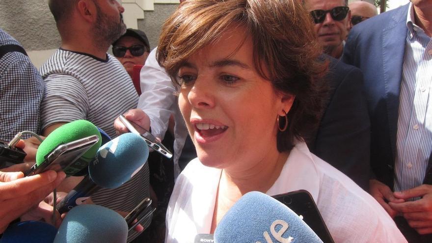 """Santamaría apuesta por una campaña en positivo y rechaza el vídeo: """"Tiene poco o nada que ver con lo que es el PP"""""""