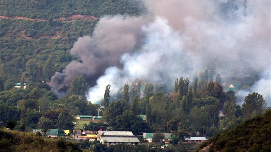 EE.UU. condena el ataque en Cachemira y reitera su alianza con la India