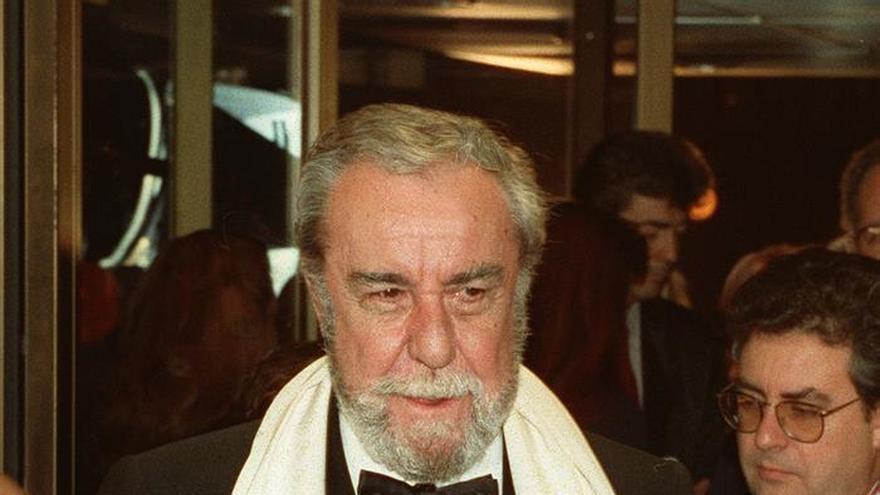 A Coruña homenajea al actor Fernando Rey con sus mejores fotos y películas