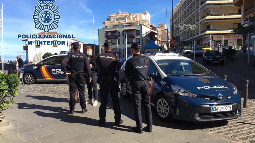 Hasta 157 multas en siete días por no respetar el toque de queda en Tenerife, entre las 23:00 y las 06:00 horas
