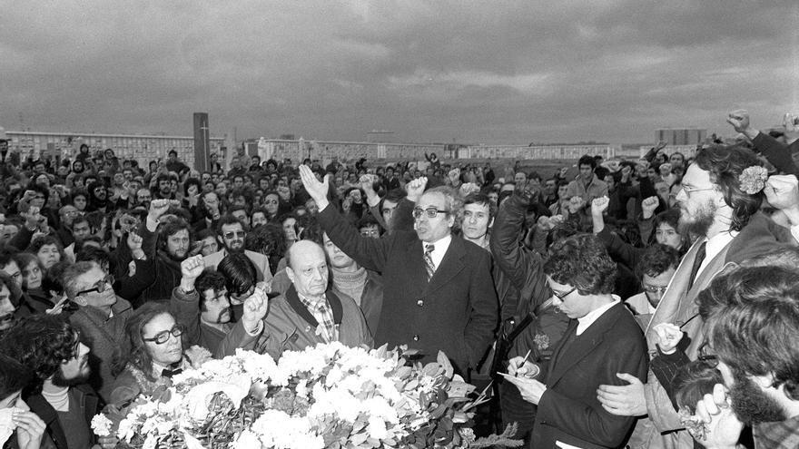 Entierro de los abogados asesinados en Atocha