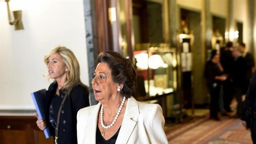 Barberá presenta sus credenciales como senadora para la nueva legislatura