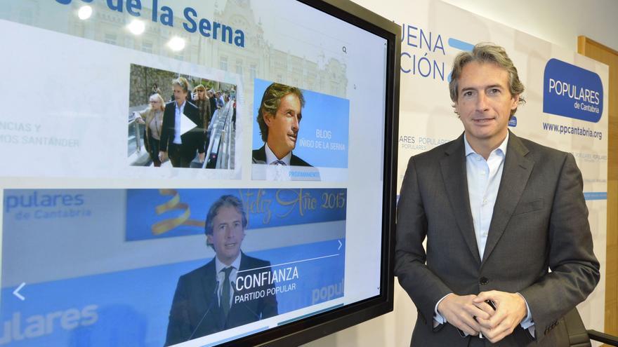 Íñigo de la Serna durante la presentación de su web como candidato a la Alcaldía de Santander.