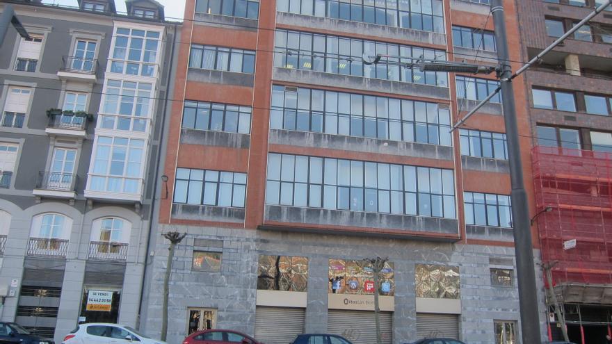 Mondragon Unibertsitatea e init firman un acuerdo para desarrollar el proyecto Bilbao Berrikuntza Faktoria