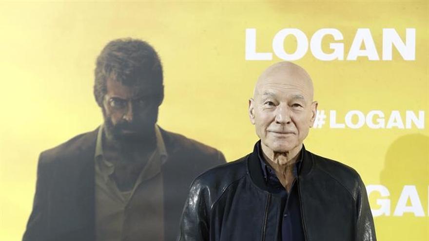 """Patrick Stewart: """"Logan"""" contiene un mensaje político sobre los refugiados"""