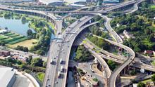 El alcalde de Gante tuvo que ponerse chaleco antibalas por restringir el tráfico, ahora Birmingham copia su exitoso modelo
