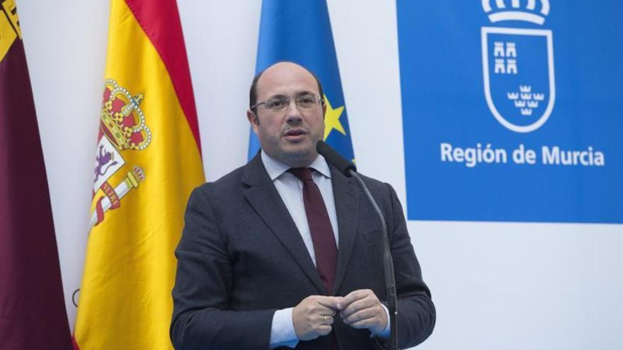 El Fiscal superior de Murcia mantiene su decisión de llamar a declarar a Sánchez