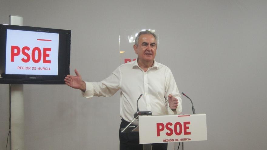 """El PSOE dice que el presidente de Murcia se reúne mañana con Rajoy sólo para """"hacerse la foto"""""""