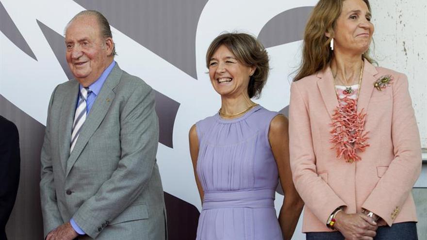 El rey Juan Carlos inaugura en Álava la nueva bodega Rothschild-Vega Sicilia