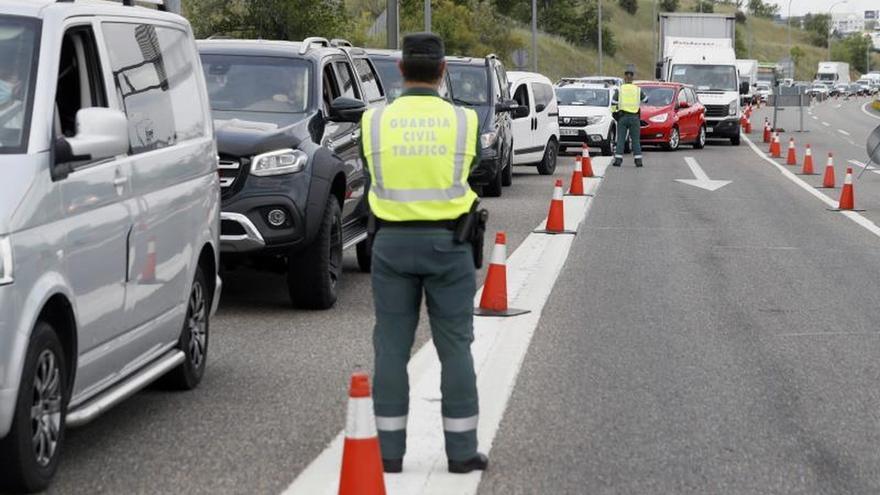 """Castilla-La Mancha avala la propuesta de Sanidad: es """"bueno"""" restringir la movilidad en las ciudades más afectadas"""