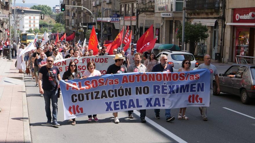 Manifestación en Ourense, hace dos semanas, en demanda de la regularización de los trabajadores de Servicarne