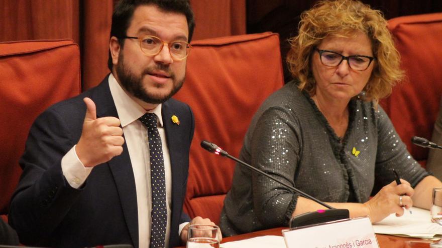 Aragonès ha comparecido en el Parlament catalán para explicar el recorte presupuestario