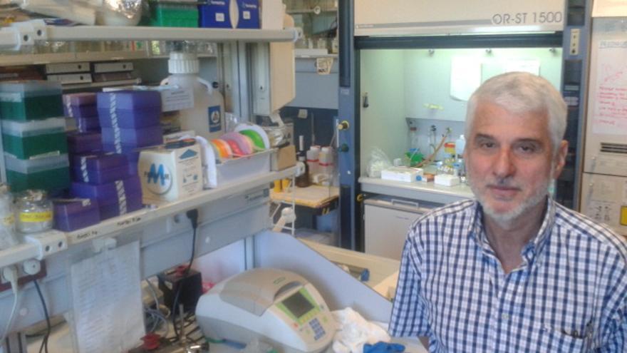 José Manuel Andreu, en su laboratorio del CIB