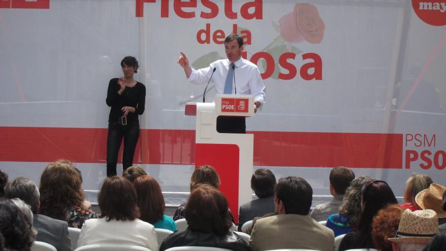 Gómez dice que el PSOE ya pidió perdón por sus equivocaciones y ahora pide trabajo y justicia en nombre los españoles