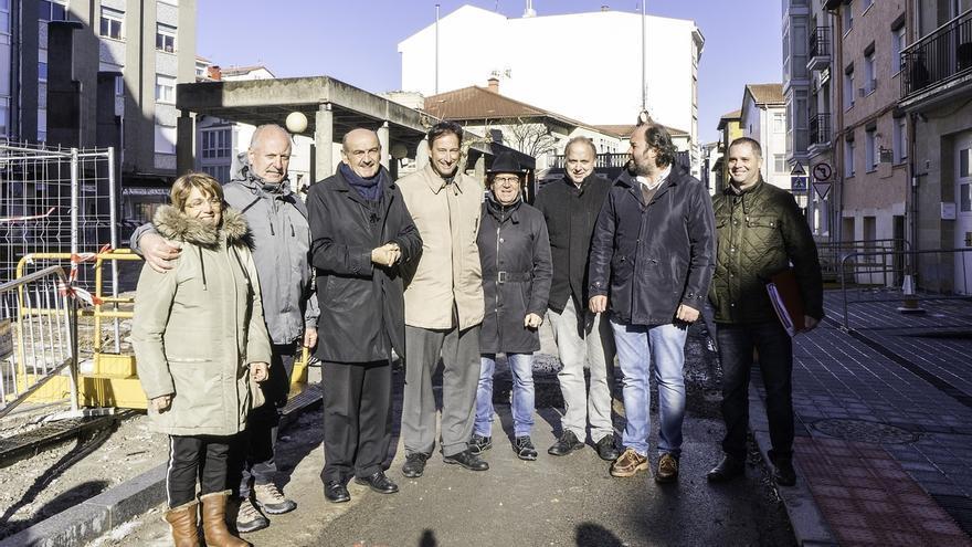 La mejora de la Plaza de la Constitución supone una inversión de 209.000 euros y cinco meses de plazo