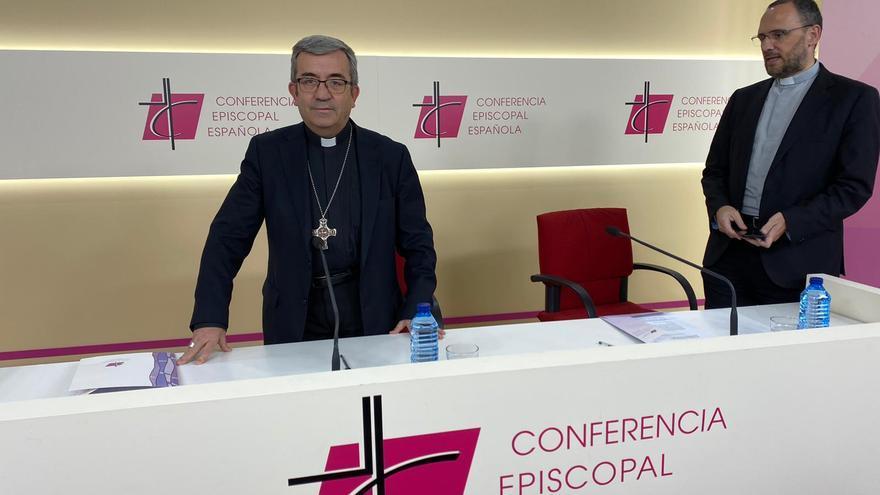 Luis Argüello, hoy, en la sede de la Conferencia Episcopal