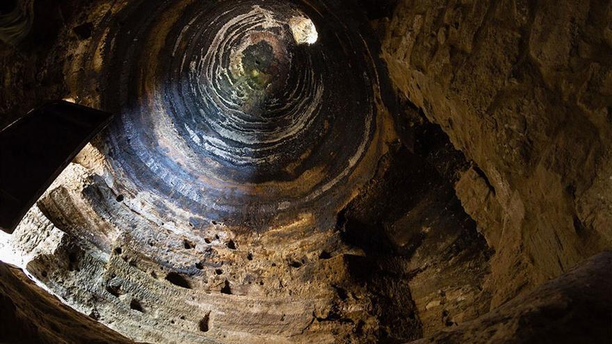 Interior de la cueva abovedada. (Cabildo GC).
