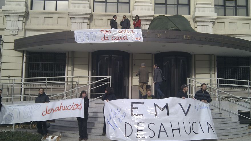 Protesta y ocupación en el edificio de la EMV de Madrid (Foto: @fotograccion)