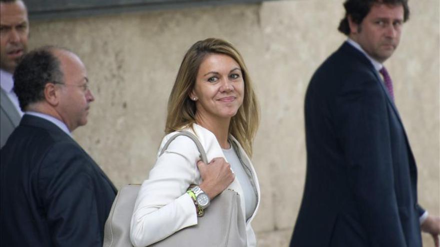 Suspenden el juicio de Cospedal contra Bárcenas hasta que resuelva la Audiencia Nacional