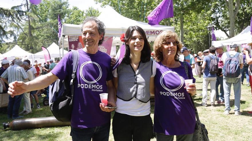 """La candidata de Unidas Podemos en Madrid, Isa Serra, en la pradera. Serra ha prometido un referéndum sobre la tauromaquia y ha defendido que puede haber una fiesta de San Isidro """"sin maltrato animal""""."""