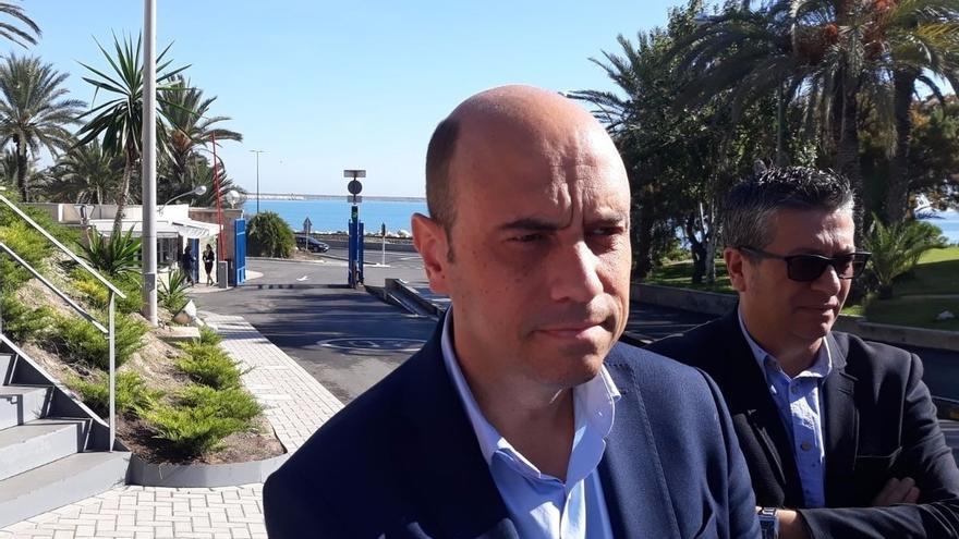 El alcalde de Alicante (PSOE) declara este miércoles ante el fiscal por el despido de la cuñada del portavoz del PP