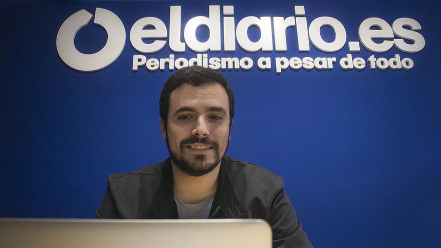 Alberto Garzón contesta preguntas de los lectores en Pregúntame / Alejandro Navarro
