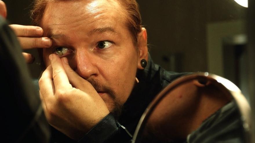 Julian Assange se transforma en 'Risk', el nuevo documental de Laura Poitras