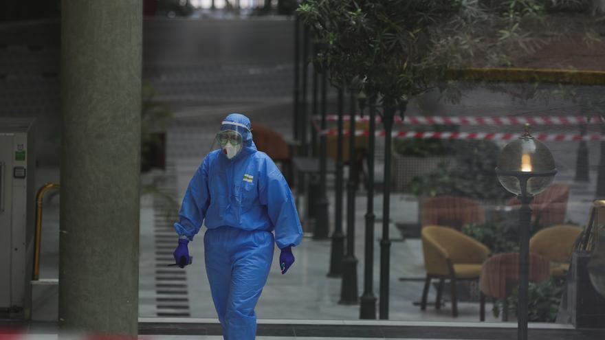Andalucía suma 60 muertes, duplicando su peor dato en 24 horas, y alcanza los 6.392 contagiados