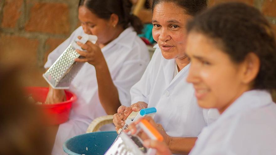 Producción de harina de yuca en San Jacinto, Montes de María. (Mamachama).